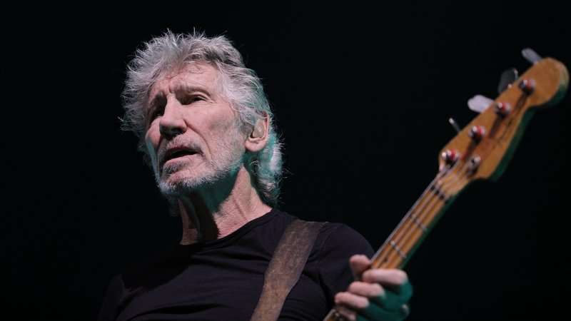 Roger Waters (Pink Floyd) – Nuclear money from evil to good!